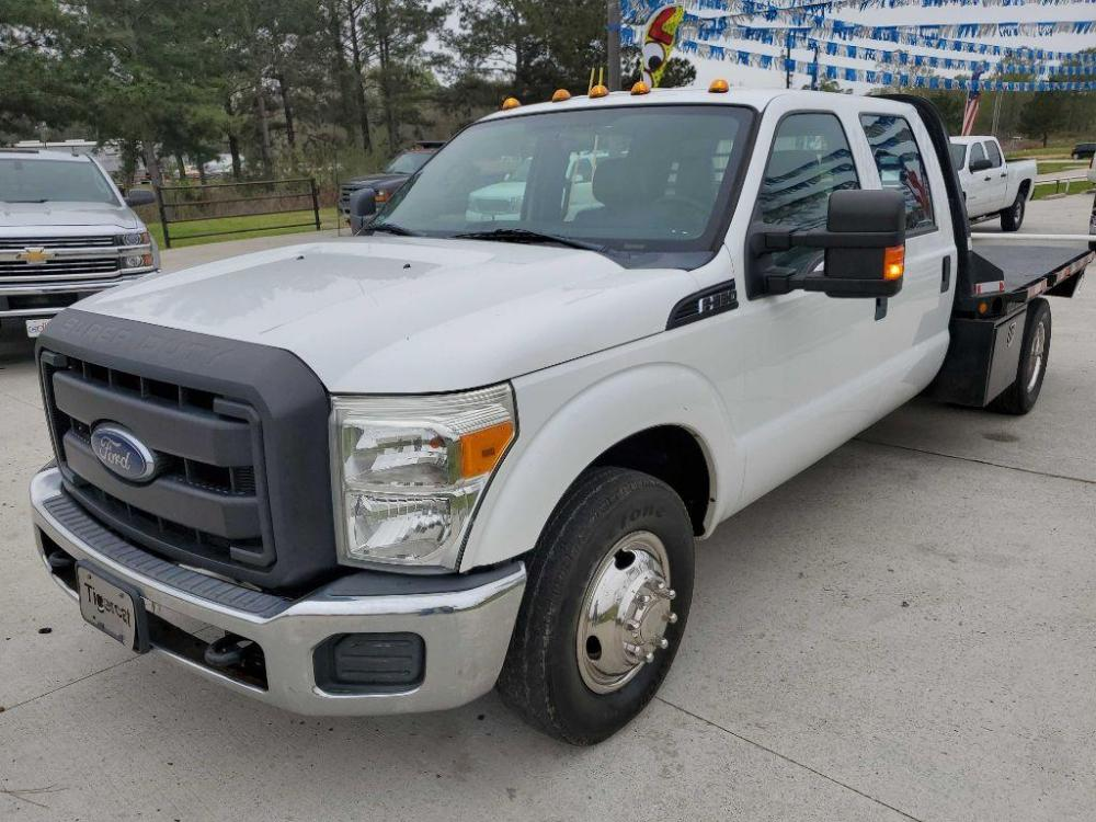 2015 White FORD F350 SUPER DUTY (1FD8W3G66FE) with an 6.2L engine, Automatic transmission, located at 3553 US Hwy 190 W., Livingston, TX, 77351, (936) 967-8141, 30.812162, -95.077309 - Photo #0