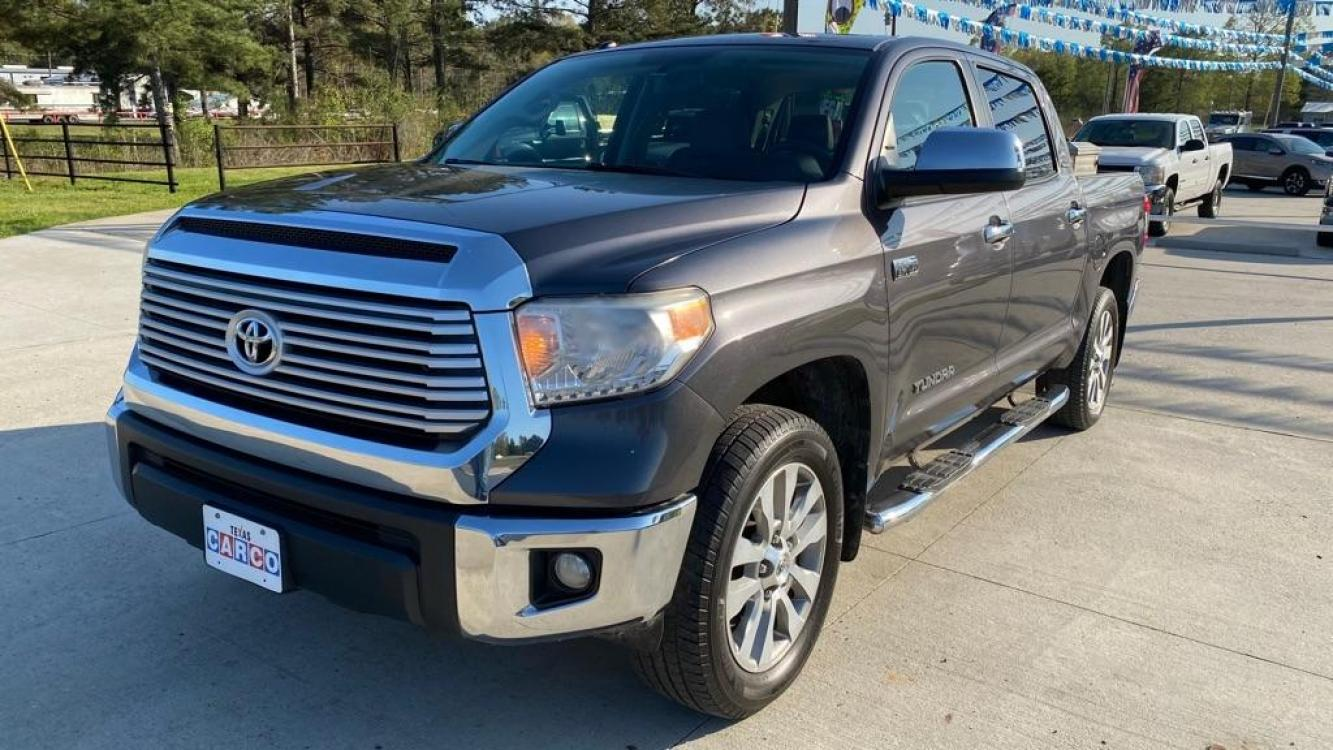 2015 Gray TOYOTA TUNDRA CREWMAX LIMITED (5TFFY5F1XFX) with an 5.7L engine, Automatic transmission, located at 3553 US Hwy 190 W., Livingston, TX, 77351, (936) 967-8141, 30.812162, -95.077309 - Photo #0